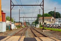 Verschwindende Perspektive der Pendlereisenbahn Stockfotos
