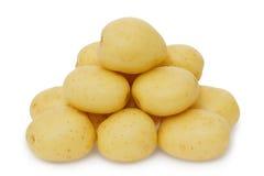 Verse aardappels op een wit Royalty-vrije Stock Foto's