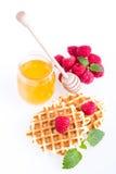 Verse Belgische wafels met frambozen Royalty-vrije Stock Foto's