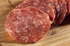 Verse Besnoeiings Organische Salami Stock Foto's