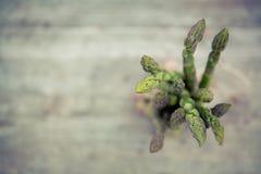 Verse bio groene asperge Stock Afbeelding