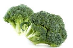 Verse broccoli die op wit worden geïsoleerde royalty-vrije stock fotografie