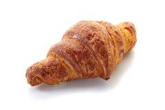 Verse croissant die op wit wordt geïsoleerdn Royalty-vrije Stock Foto's