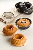 Verse cupcake drie met rozijnen stock foto