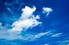 Verse de zomerwolken Royalty-vrije Stock Foto's