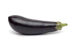 Verse die aubergine op wit wordt geïsoleerd Royalty-vrije Stock Afbeeldingen