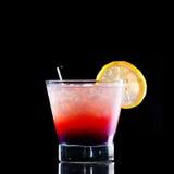Verse drank op zwarte achtergrond Stock Foto
