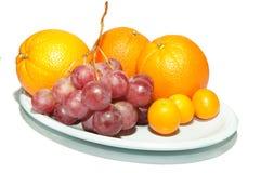 Druif met sinaasappel in de rug Stock Afbeeldingen