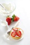 Verse en gezonde aardbeiencake Royalty-vrije Stock Fotografie