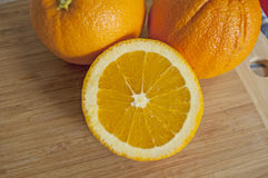 Verse en sappige sinaasappelen Royalty-vrije Stock Fotografie