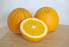 Verse en sappige sinaasappelen Stock Foto