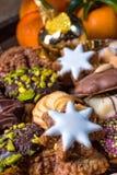 Verse en smakelijke Kerstmiskoekjes Stock Foto's