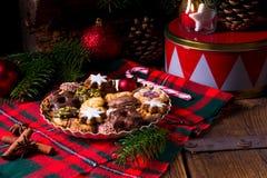 Verse en smakelijke Kerstmiskoekjes Stock Fotografie