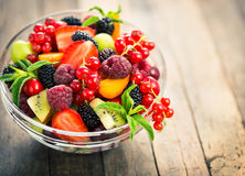 Verse fruitsalade stock foto's