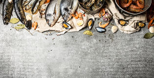 Verse garnalen, vissen en schaaldieren Royalty-vrije Stock Fotografie