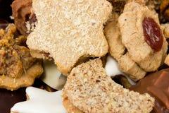 Verse gebakken Kerstmiskoekjes Stock Foto