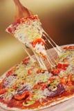 Verse gebakken pizza royalty-vrije stock foto