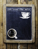Verse gebrouwen filterkoffie stock afbeelding