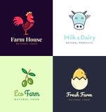 Verse geplaatste landbouwbedrijfemblemen Vectoretiketten voor zaken met producten van kippenvlees, melk, zuivelfabriek, eieren en royalty-vrije illustratie