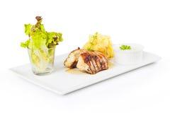 Verse geroosterde kip met aardappel purre Royalty-vrije Stock Fotografie