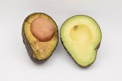 Verse Groene Avocado's op Witte Achtergrond Stock Fotografie