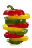 Verse groene, gele rode paprika die op wit wordt geïsoleerdr Royalty-vrije Stock Afbeeldingen