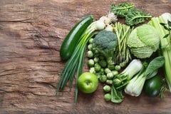 Verse groene groenten stock afbeeldingen