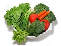 Verse groenten in een kom Stock Foto's