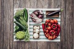 Verse groenten op de keuken worktop royalty-vrije stock fotografie