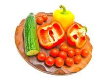 Verse groenten op een scherpe raad. close-up Stock Fotografie