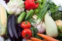 Verse groenten op wit. Stock Foto's
