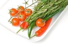 Verse groenten in plaat royalty-vrije stock afbeelding
