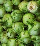 Verse groenten in supermarkt stock afbeeldingen