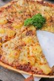 Verse kaas opperste en Hawaiiaanse pizza Royalty-vrije Stock Foto