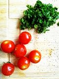 Verse kruiden en tomaten Stock Foto
