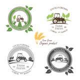 Verse Landbouwbedrijfopbrengst en embleemtractor - vectorillustratie stock illustratie