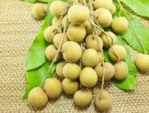 Verse longan, Tropische vruchten Stock Afbeeldingen