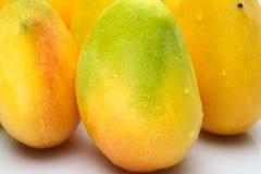 Verse Mango's Stock Foto's