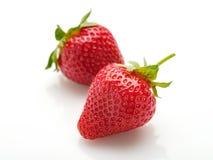 Verse natuurlijke aardbeien op witte achtergrond Stock Foto