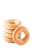 Verse ongezuurde broodjes op witte achtergrond Royalty-vrije Stock Afbeeldingen