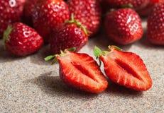 Verse organische aardbeien Stock Foto