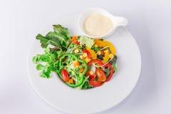 Verse organische plantaardige salade Royalty-vrije Stock Foto's