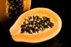Verse papaja Stock Afbeeldingen