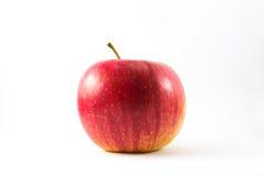 Verse rode appel die op wit wordt geïsoleerd Met het knippen van weg Stock Afbeeldingen