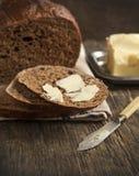 Verse roggebrood en boter Royalty-vrije Stock Afbeelding