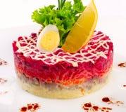 Verse salade met groenten en haringen Royalty-vrije Stock Afbeelding