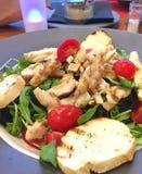 Verse Salade voor Diner Royalty-vrije Stock Foto's