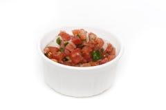 Verse salsa in een kom Royalty-vrije Stock Foto's