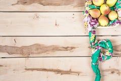 Verse seizoengebonden peren op houten backround Stock Foto