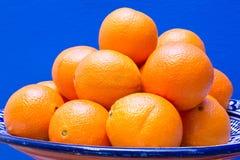 Verse Sinaasappelen in een kom Stock Fotografie